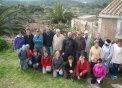 Fotografia de grup amb el contenidor darrera