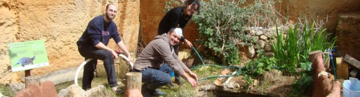 Voluntaris del Centre de Recuperació de Fauna Silvestre