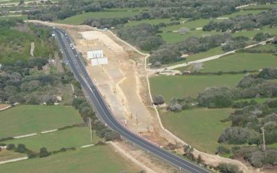 Obres a la carretera general, entrada de l'Argentina
