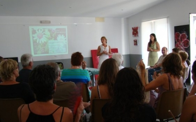 L'Associació de vesins de Punta Prima va col·laborar en la xerrada de plantes invasores i enjardinament sostenible.
