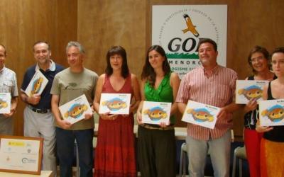 Patrocinadors i autors durant la presentació del conte