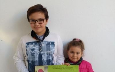 Els premiats: Iker Tobajas i Arianne Taboada